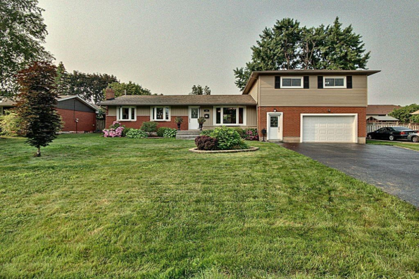 20 PINEWOOD Avenue, Grimsby