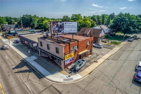 551-553 UPPER JAMES Street, Hamilton
