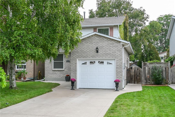 53 BAYVIEW Drive, Grimsby