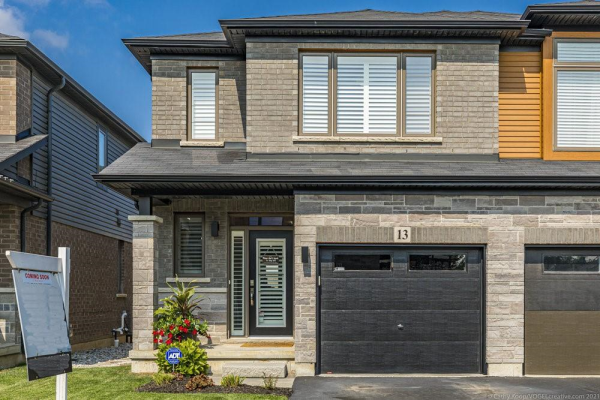 13 ROULEY Lane, Ancaster