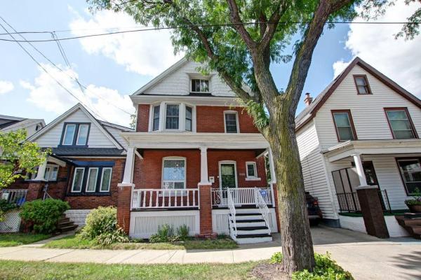 1186 King Street E, Hamilton