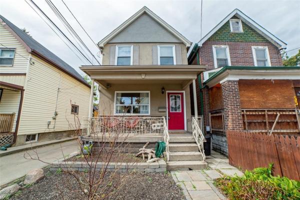 53 Douglas Avenue, Hamilton