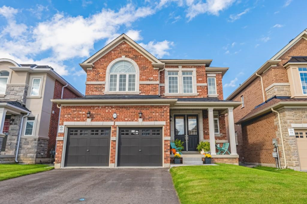 19 FINDLAY Drive, Ancaster