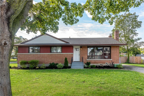 54 Jacobson Avenue, St. Catharines