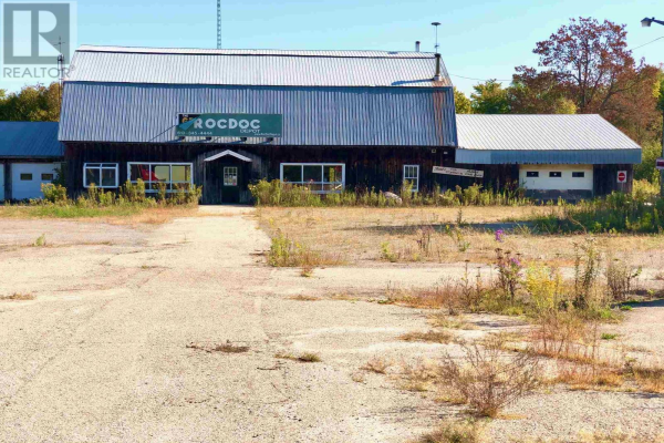4823 County Road 6, Elizabeth-Kitley