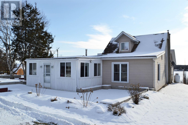 5397 County Road 9, Greater Napanee
