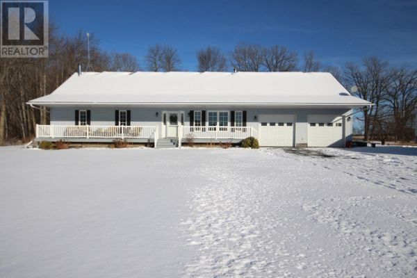 60 Perry RD, Napanee