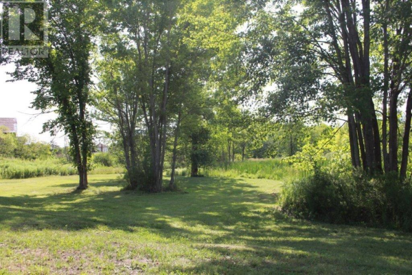 0 Arena Boundary RD, Central Frontenac
