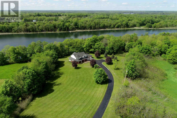 2464 Sands RD, South Frontenac