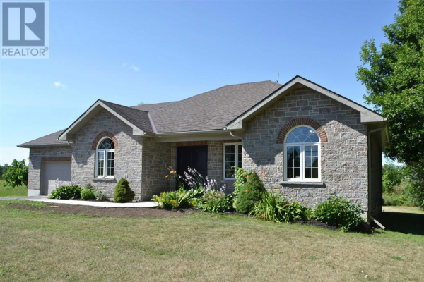 332 County Road 8, Greater Napanee