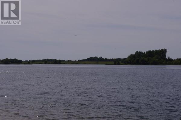 0 Nine Mile Point RD, Simcoe Island