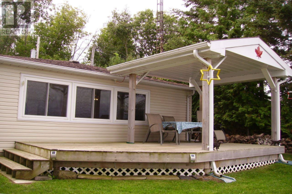 921 3rd Concession RD, Greater Napanee
