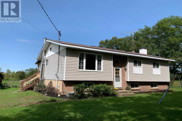 895 9th Concession RD, Stone Mills