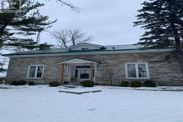 4789 Holleford RD, South Frontenac