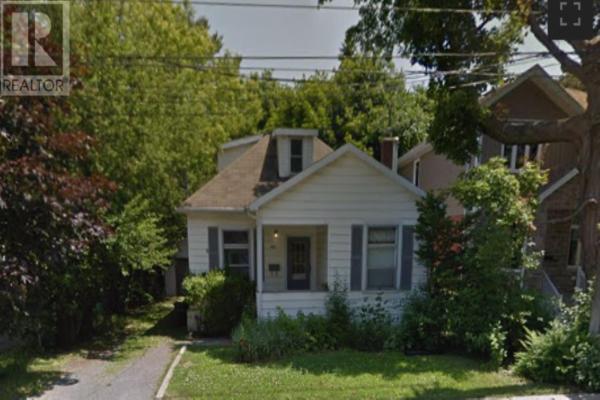 153 MacDonnell ST, Kingston