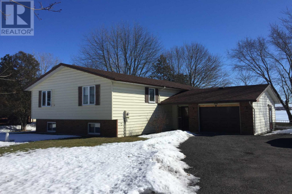 30 BAYVIEW DR, GREATER NAPANEE