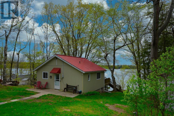 3515 Buck Point RD, South Frontenac