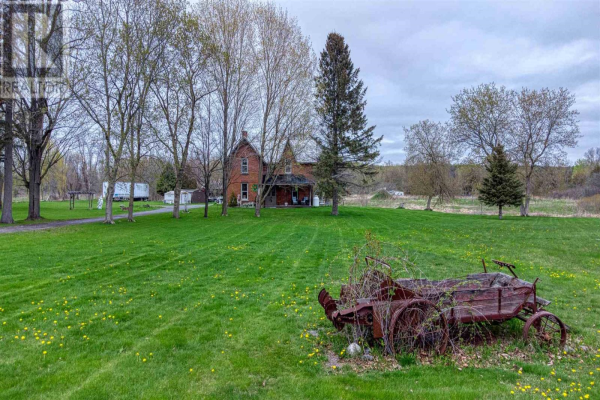 8739 County Road 2 W, Greater Napanee