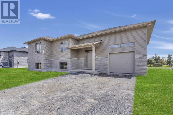 90 Shermans Point RD, Greater Napanee