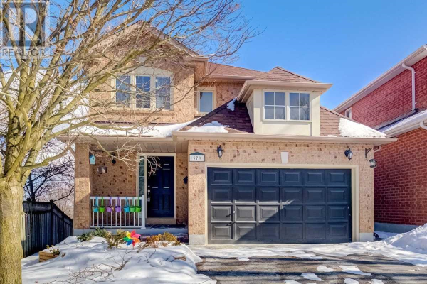 379 CARRUTHERS AVE, Newmarket