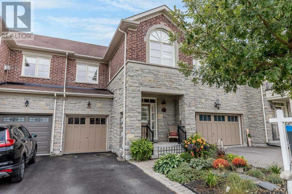 393 WILLIAM DUNN CRES, Newmarket