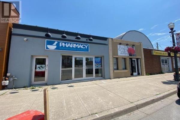 21 BARRIE ST, Bradford West Gwillimbury