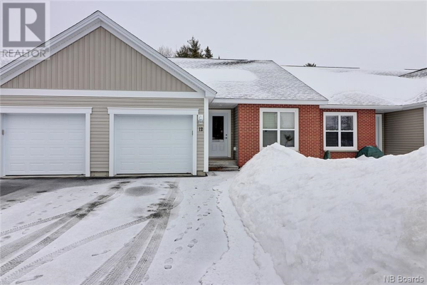 12 Carding Way, Fredericton