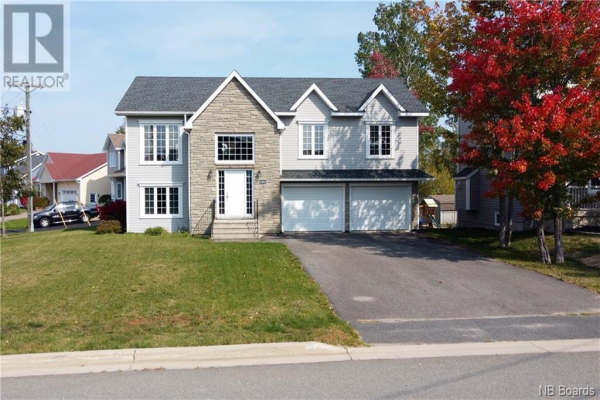 101 Morning Gate Drive, Fredericton