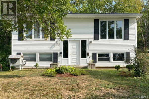 114 Clarence Avenue, Fredericton