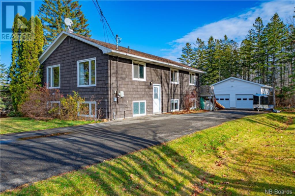 186 Monteith Drive, Fredericton