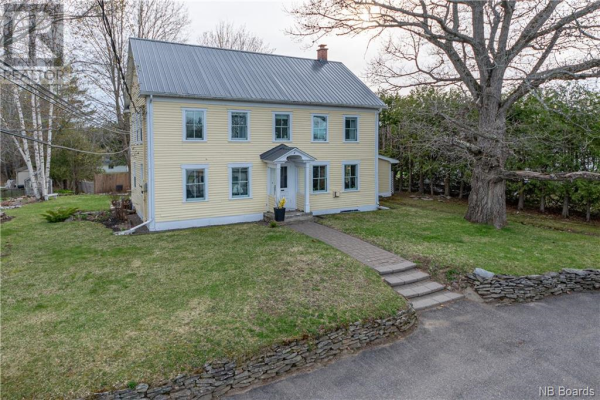 2284 Lincoln Road, Fredericton