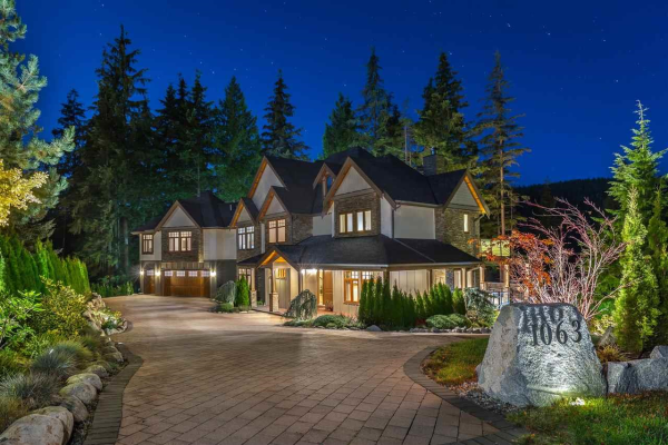 1063 SUGAR MOUNTAIN WAY, Port Moody