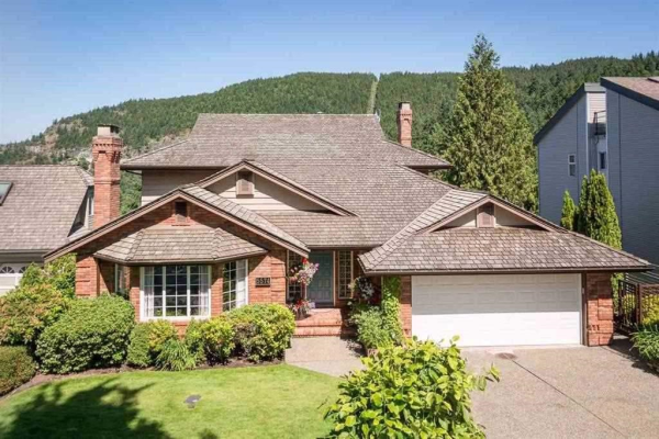 5574 WESTHAVEN ROAD, West Vancouver