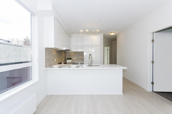315 711 W 14TH STREET, North Vancouver