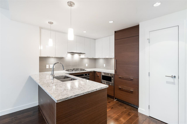 606 4083 CAMBIE STREET, Vancouver