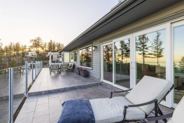 5056 PINETREE CRESCENT, West Vancouver