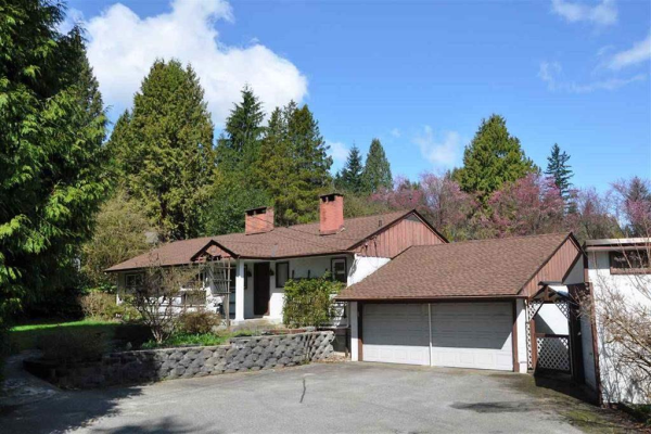 1330 MOUNTAIN HIGHWAY, North Vancouver