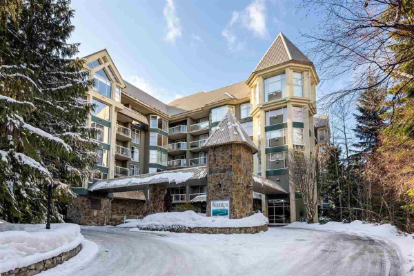 415 4910 SPEARHEAD DRIVE, Whistler