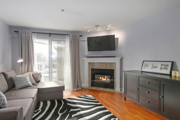 408 135 ELEVENTH STREET, New Westminster
