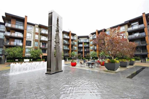 #611 719 W 3RD STREET, North Vancouver