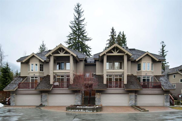 38 8030 NICKLAUS NORTH BOULEVARD, Whistler