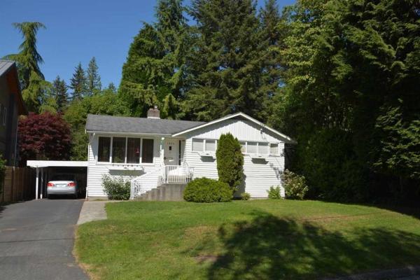 1394 WINTON AVENUE, North Vancouver