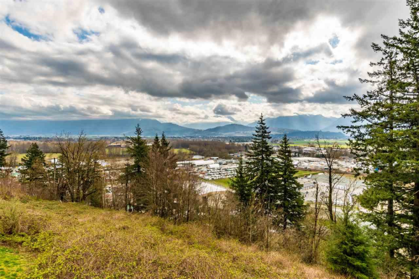52 8590 SUNRISE DRIVE, Chilliwack