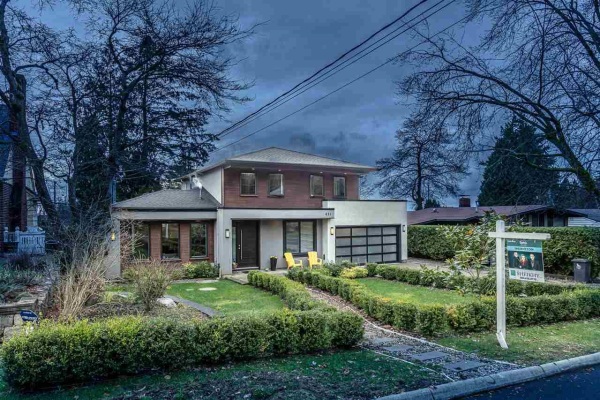 451 W ST. JAMES ROAD, North Vancouver