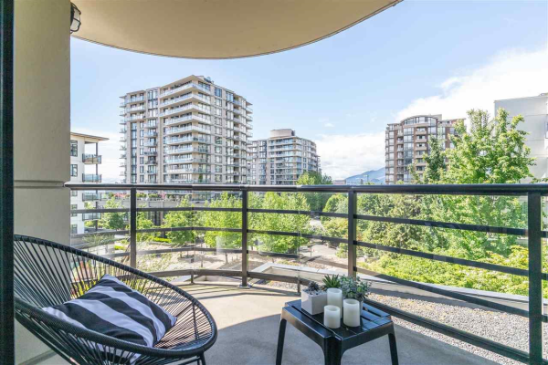 405 124 W 1ST STREET, North Vancouver