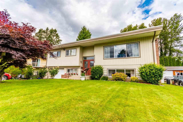 45499 LEWIS AVENUE, Chilliwack