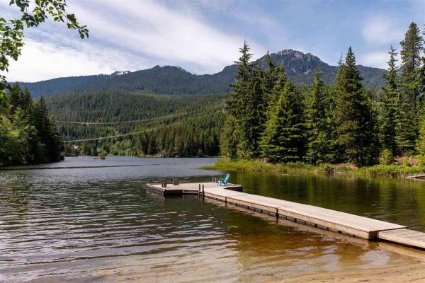 2003 ALPHA LAKE VILLAGE, Whistler