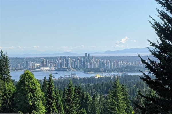 5158 MADEIRA COURT, North Vancouver