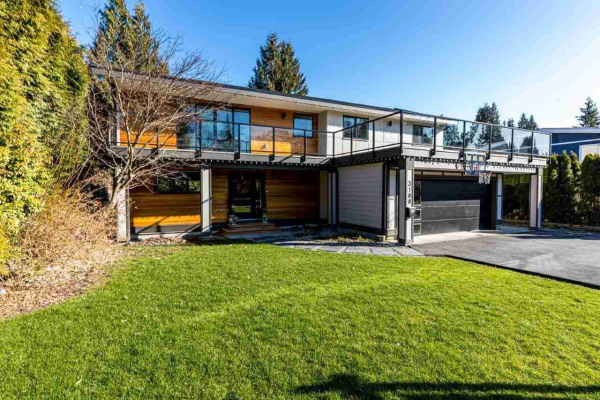 3188 HOSKINS ROAD, North Vancouver