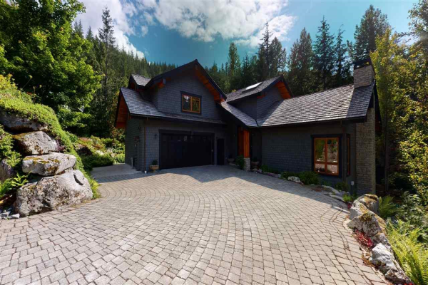 1529 TYNEBRIDGE LANE, Whistler